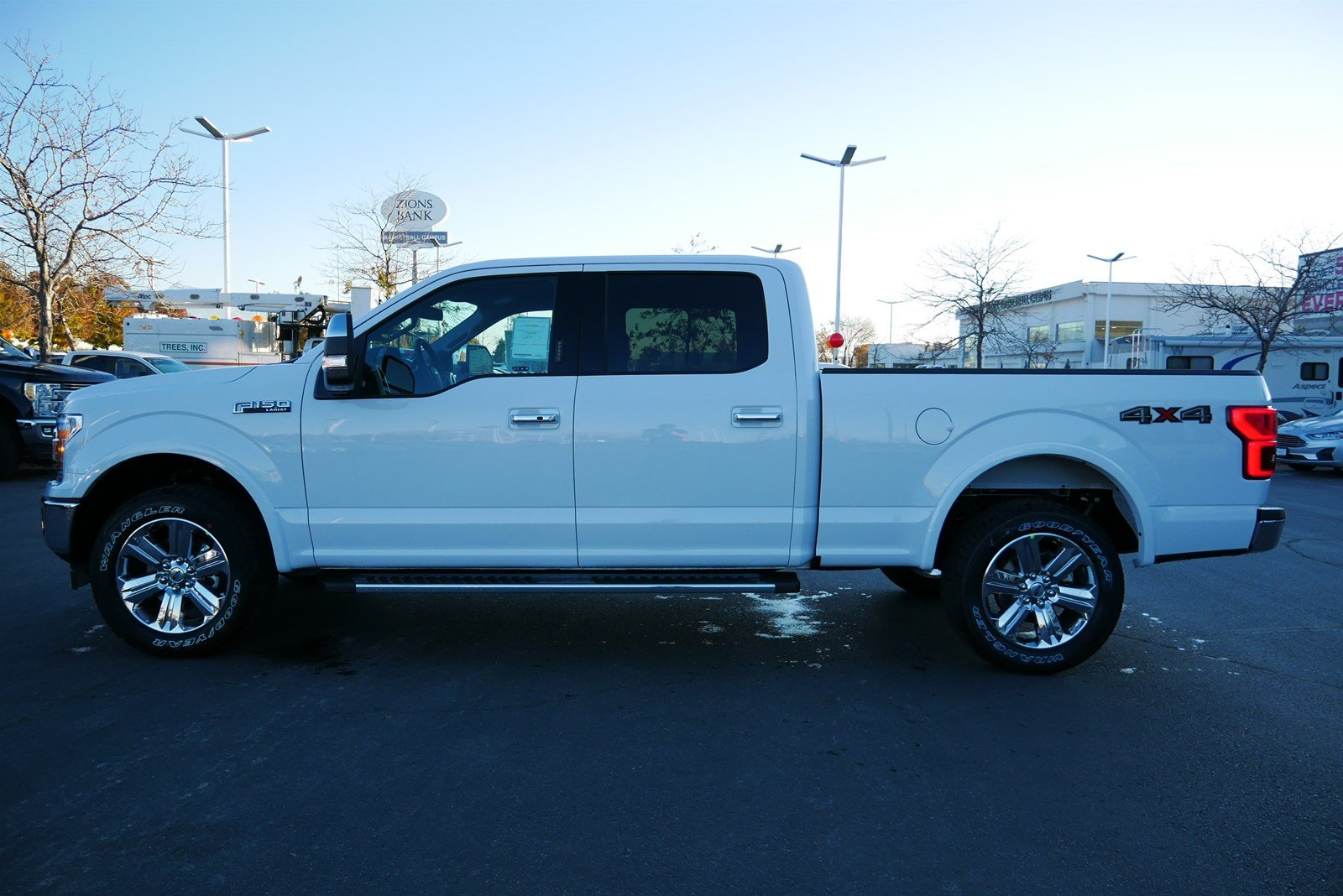 2020 F-150 SuperCrew Cab 4x4, Pickup #85102 - photo 8