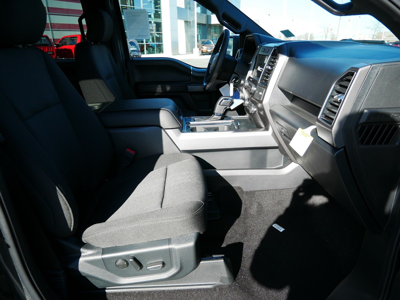 2020 F-150 SuperCrew Cab 4x4, Pickup #85272 - photo 34