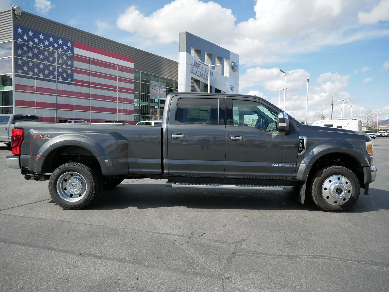 2020 F-450 Crew Cab DRW 4x4, Pickup #85385 - photo 3