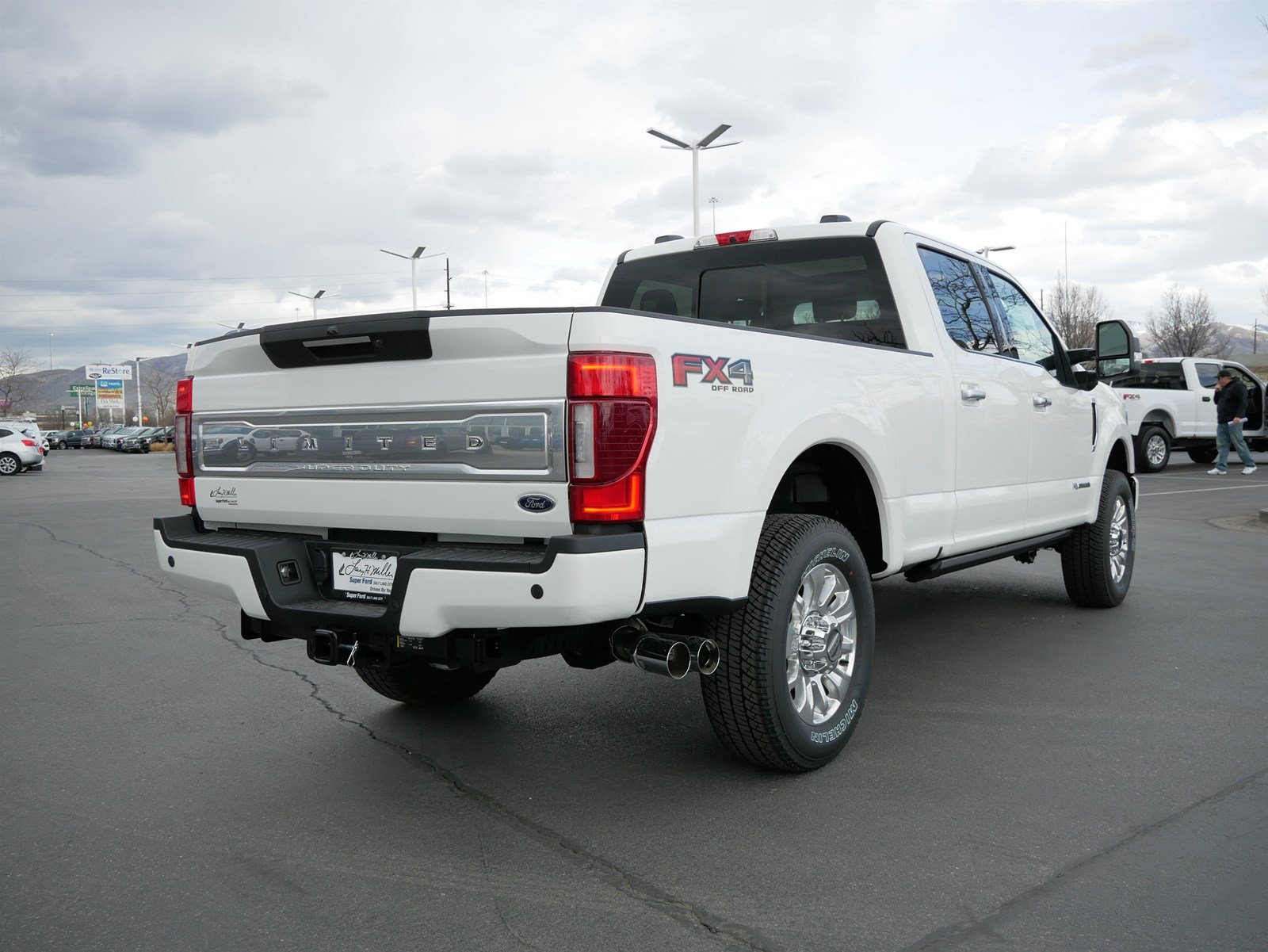 2020 F-350 Crew Cab 4x4, Pickup #85429 - photo 2