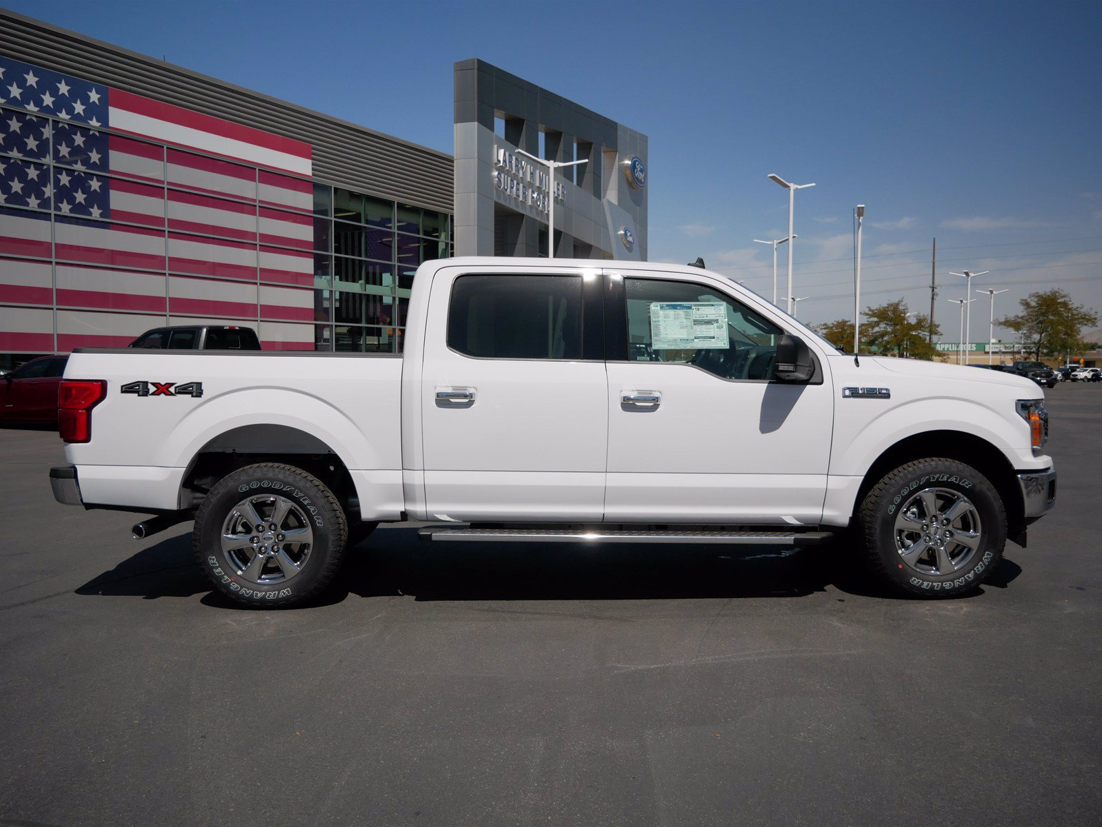 2020 Ford F-150 SuperCrew Cab 4x4, Pickup #85697 - photo 3
