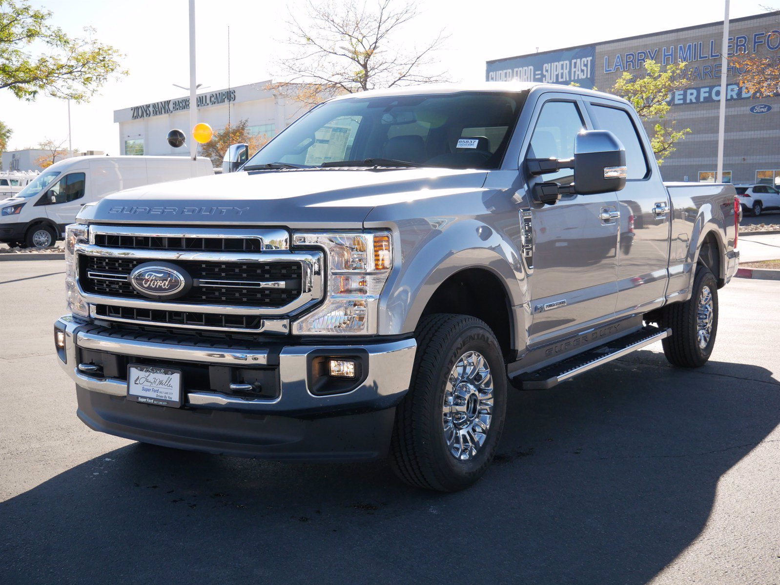 2020 Ford F-350 Crew Cab 4x4, Pickup #85837 - photo 9