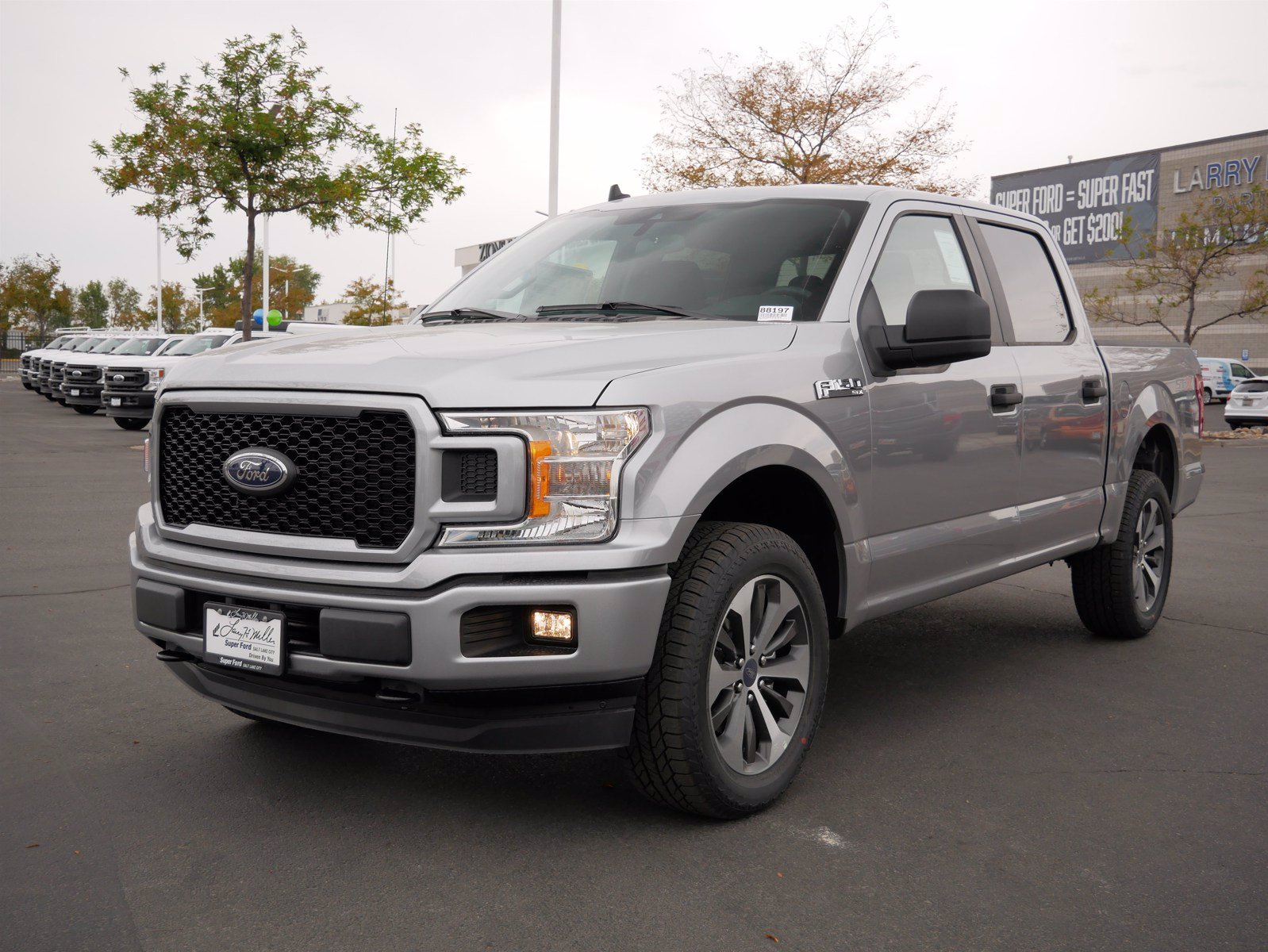 2020 Ford F-150 SuperCrew Cab 4x4, Pickup #88197 - photo 9