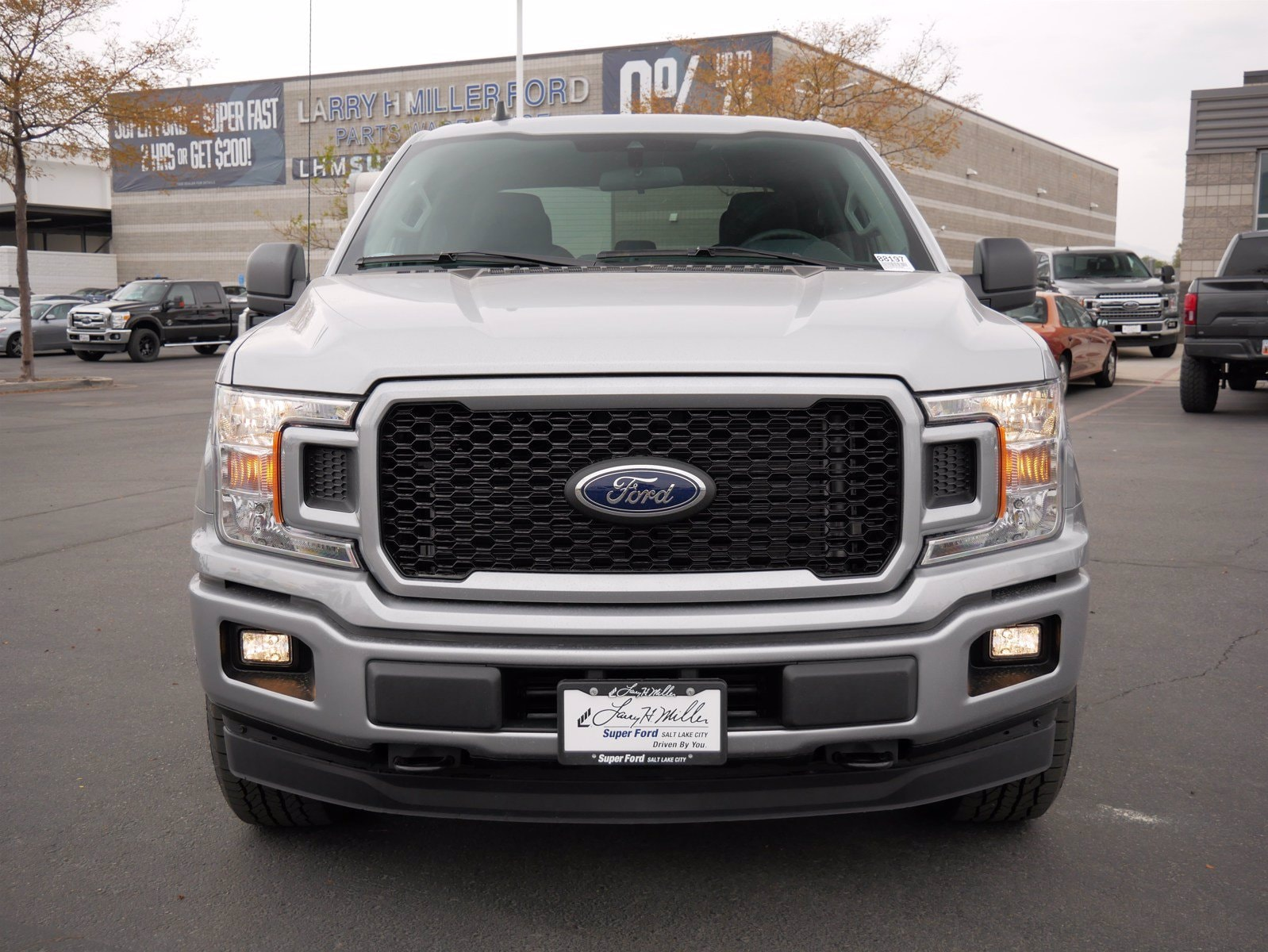 2020 Ford F-150 SuperCrew Cab 4x4, Pickup #88197 - photo 10