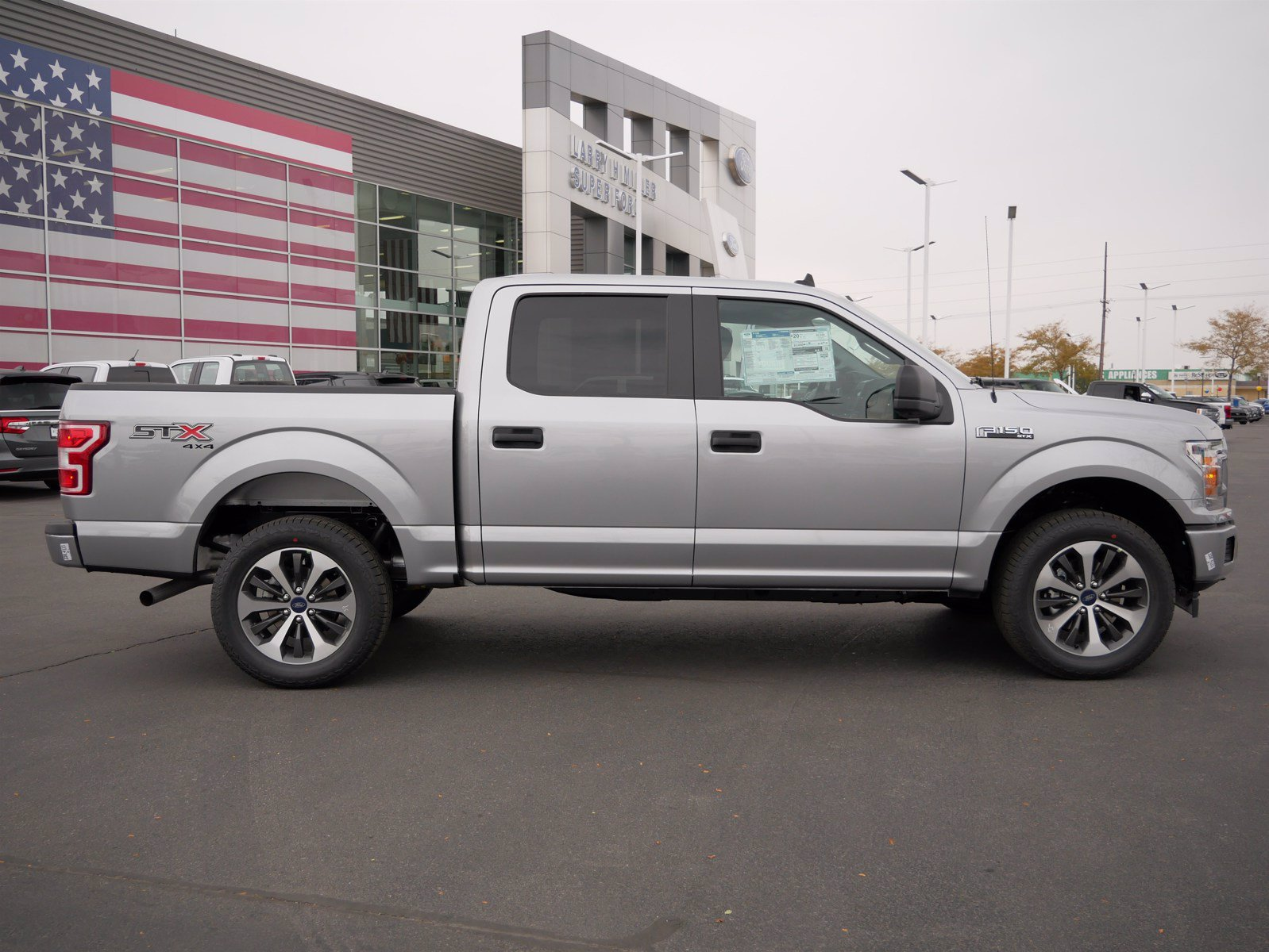 2020 Ford F-150 SuperCrew Cab 4x4, Pickup #88197 - photo 3