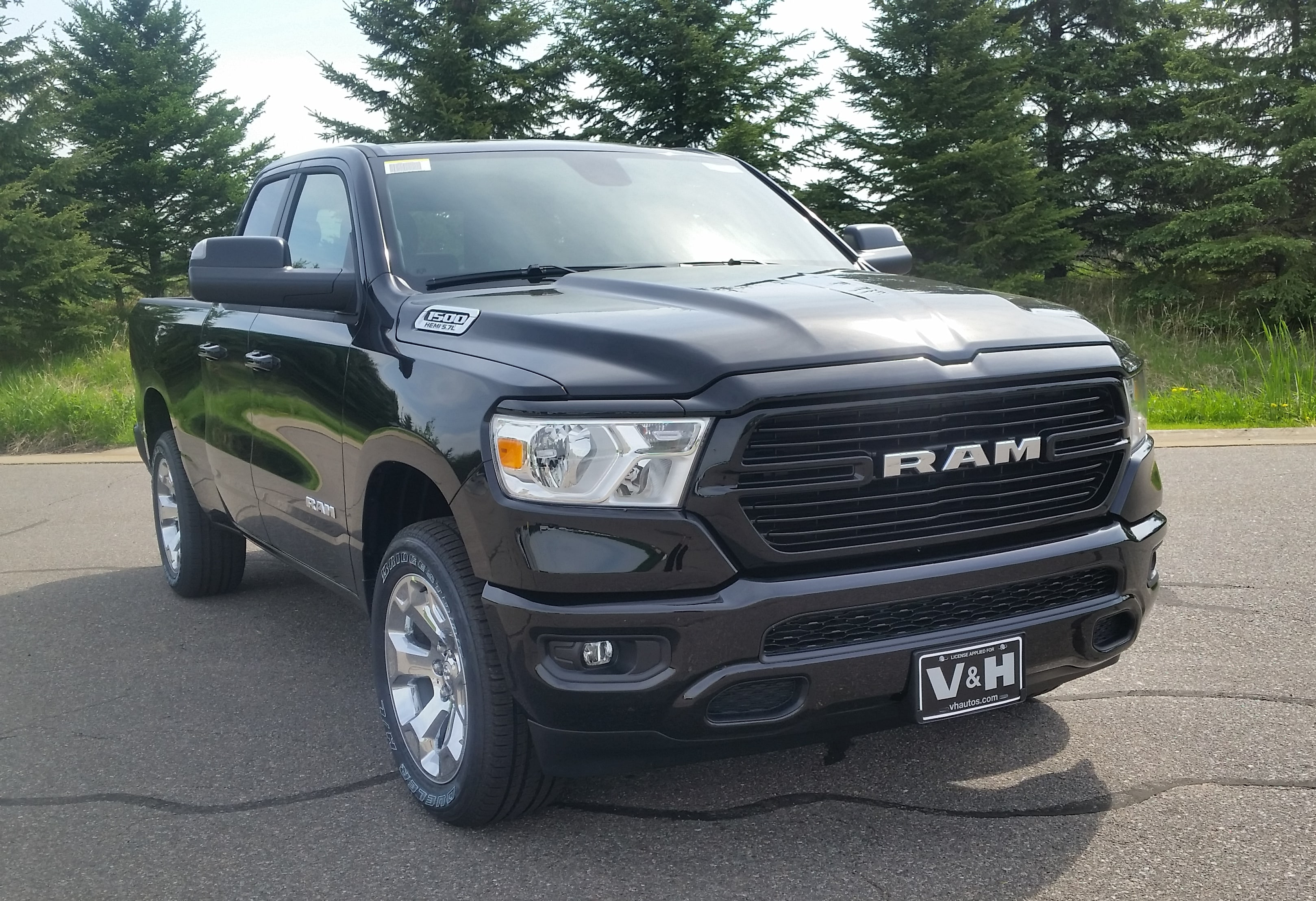 2019 Ram 1500 Quad Cab 4x4,  Pickup #10918 - photo 33