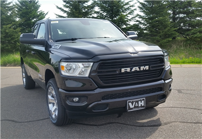 2019 Ram 1500 Quad Cab 4x4,  Pickup #10918 - photo 4
