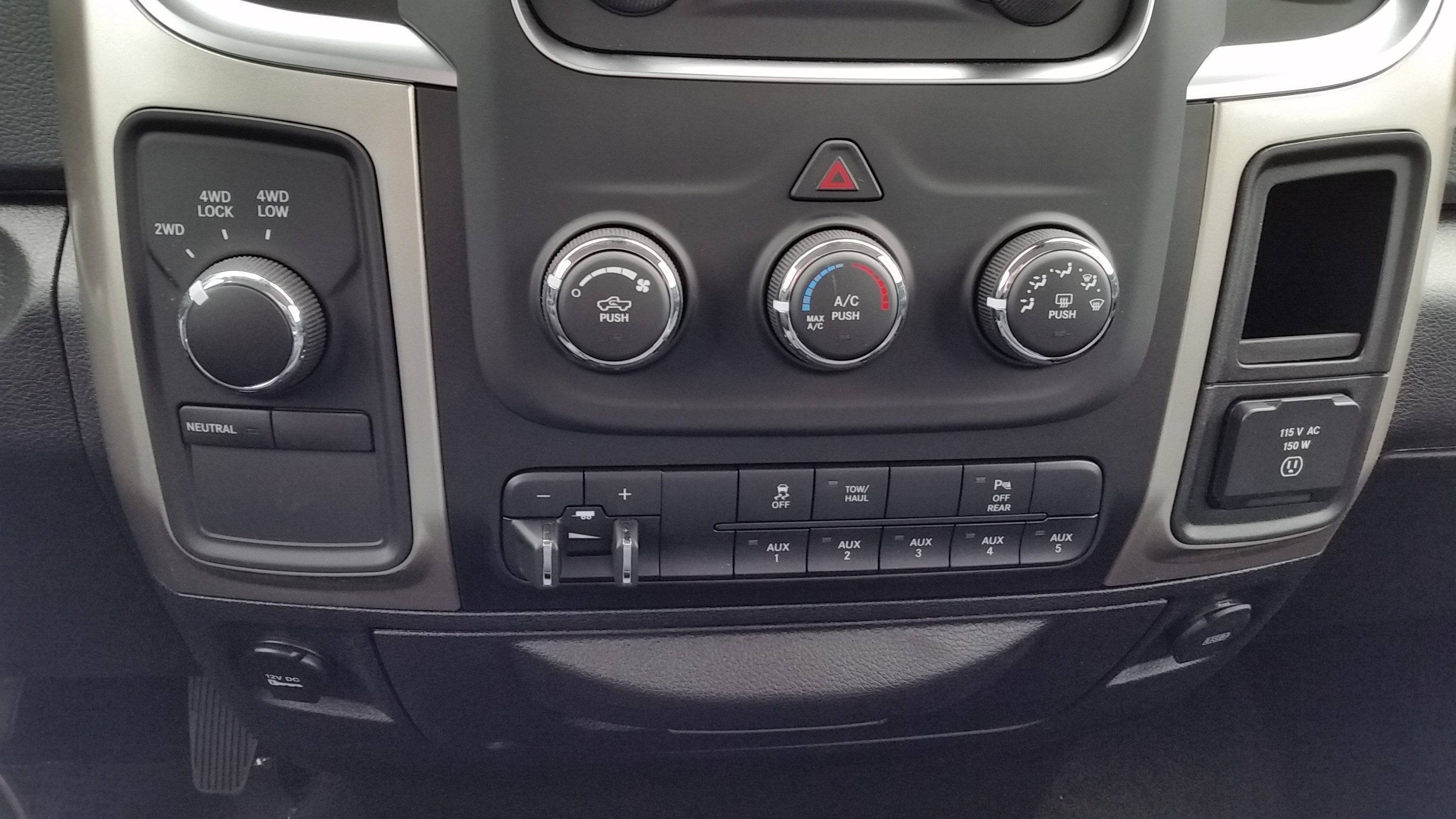 2018 Ram 3500 Regular Cab 4x4,  Pickup #11012 - photo 13