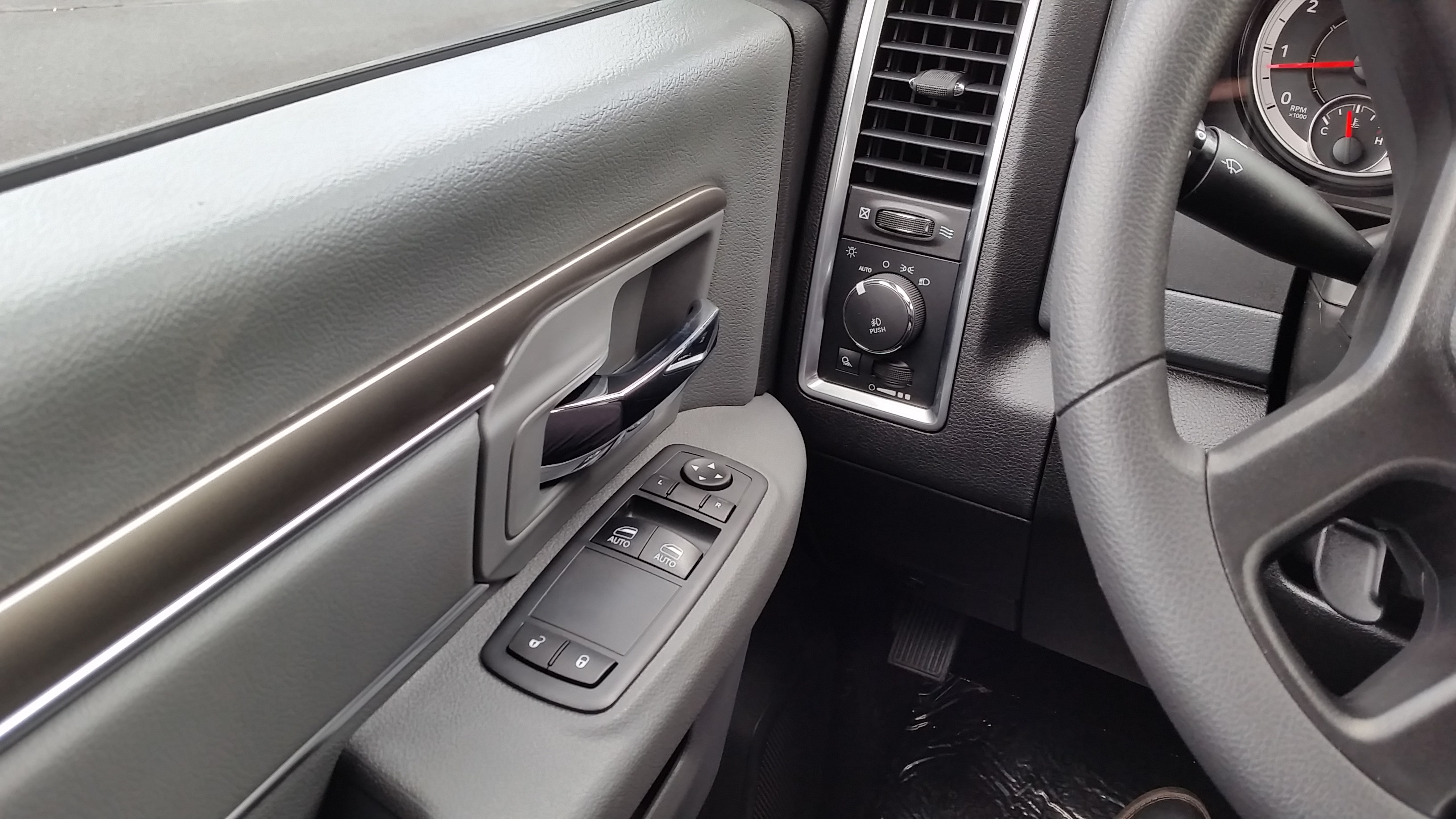 2018 Ram 3500 Regular Cab 4x4,  Pickup #11012 - photo 18