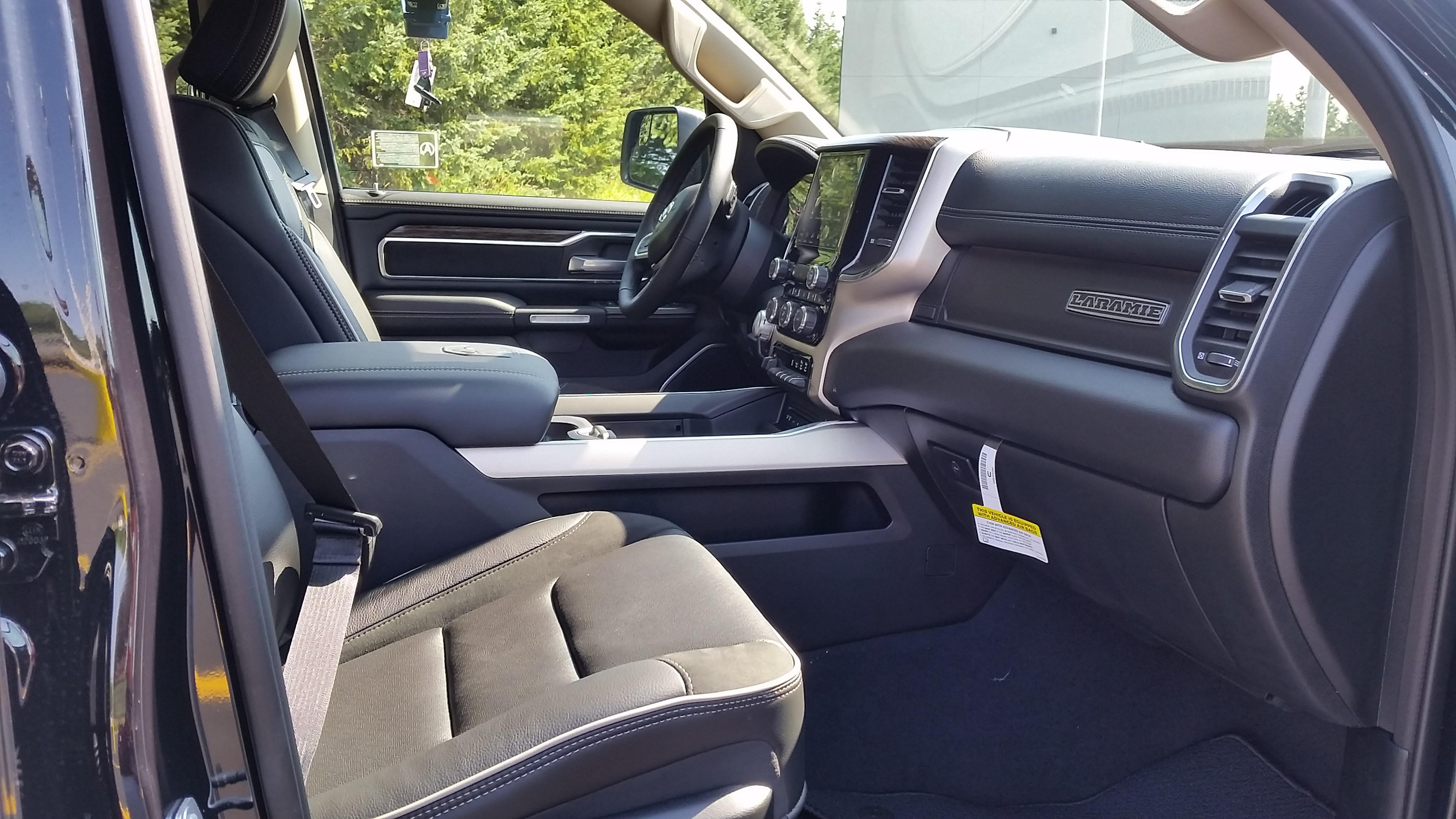 2019 Ram 1500 Crew Cab 4x4,  Pickup #11045 - photo 10