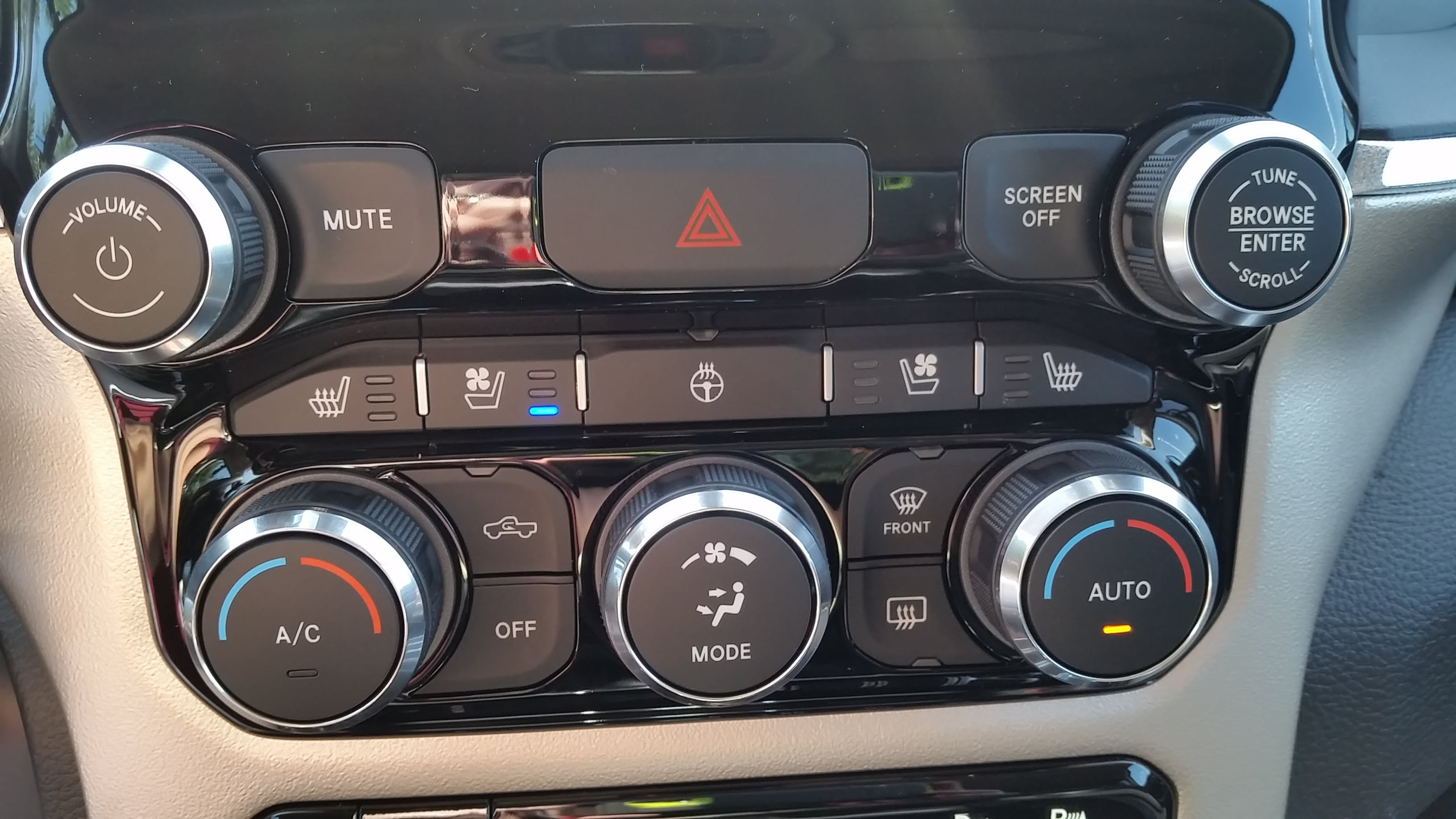 2019 Ram 1500 Crew Cab 4x4,  Pickup #11045 - photo 24