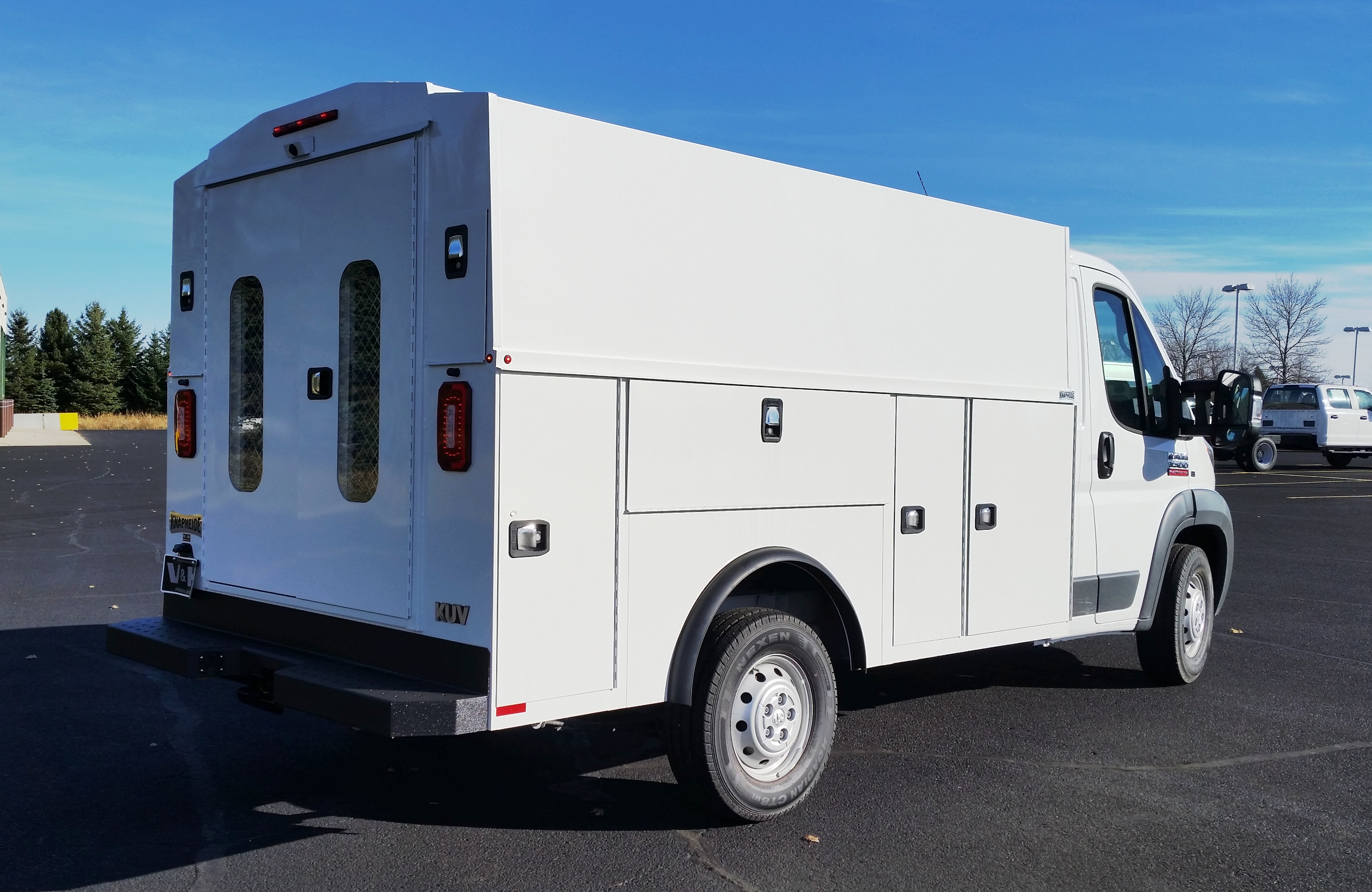 2018 ProMaster 3500 Standard Roof FWD,  Service Utility Van #11131 - photo 7