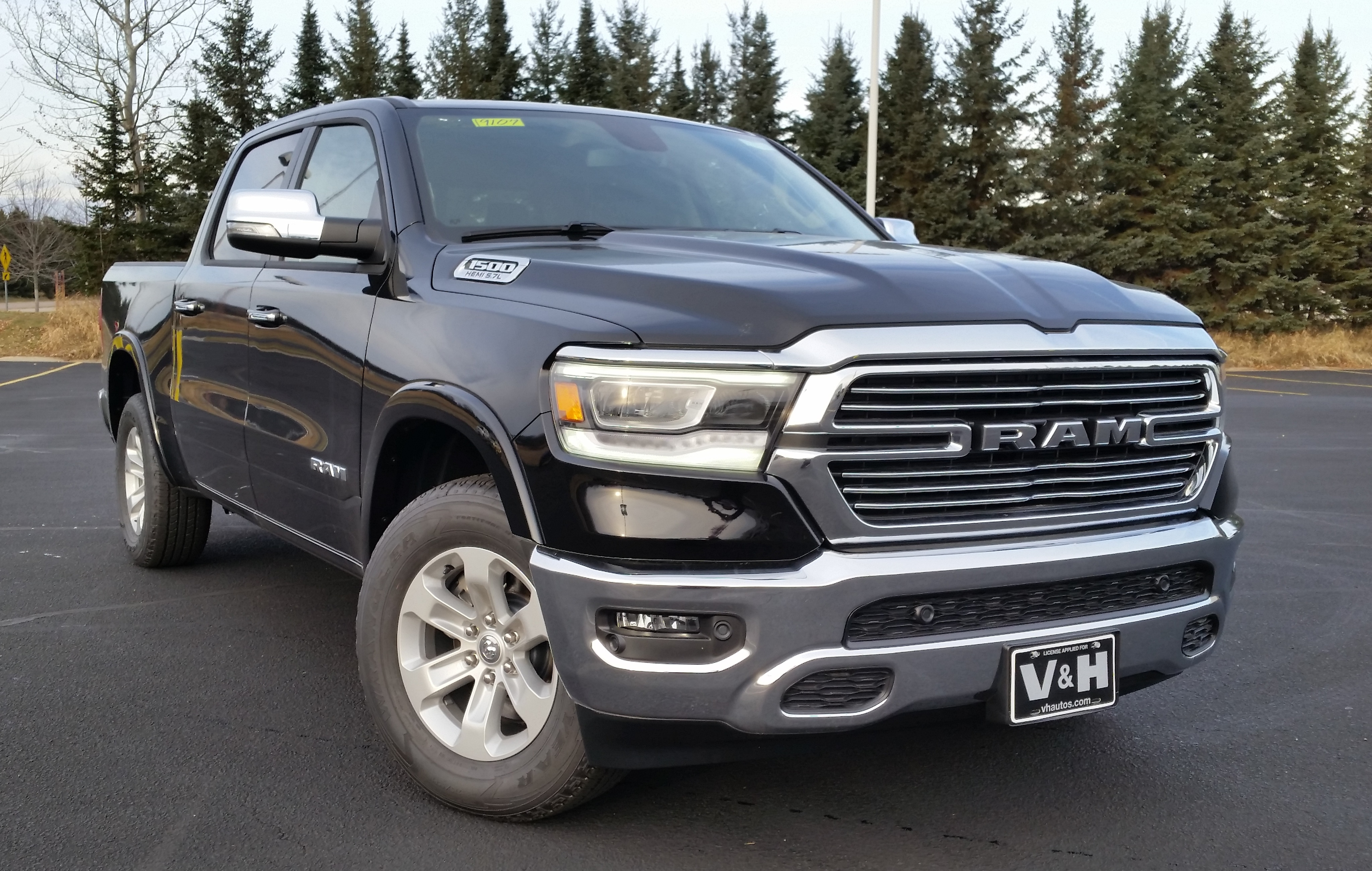 2019 Ram 1500 Crew Cab 4x4,  Pickup #11189 - photo 3