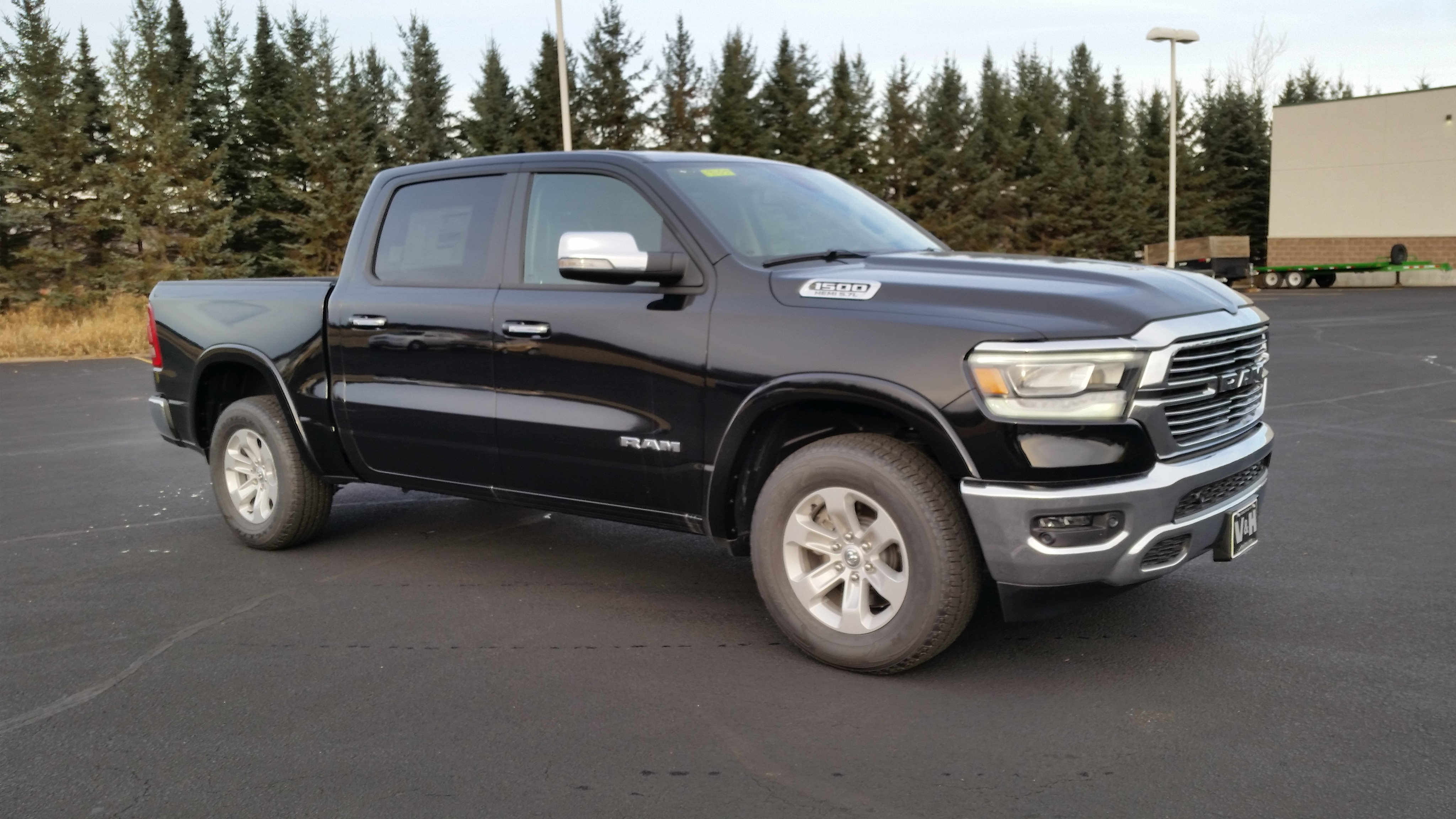 2019 Ram 1500 Crew Cab 4x4,  Pickup #11189 - photo 6