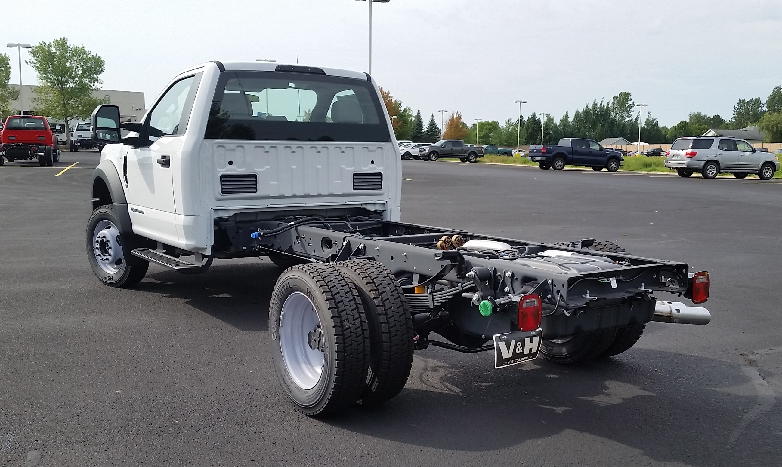 2018 F-550 Regular Cab DRW 4x4,  Cab Chassis #21839 - photo 2