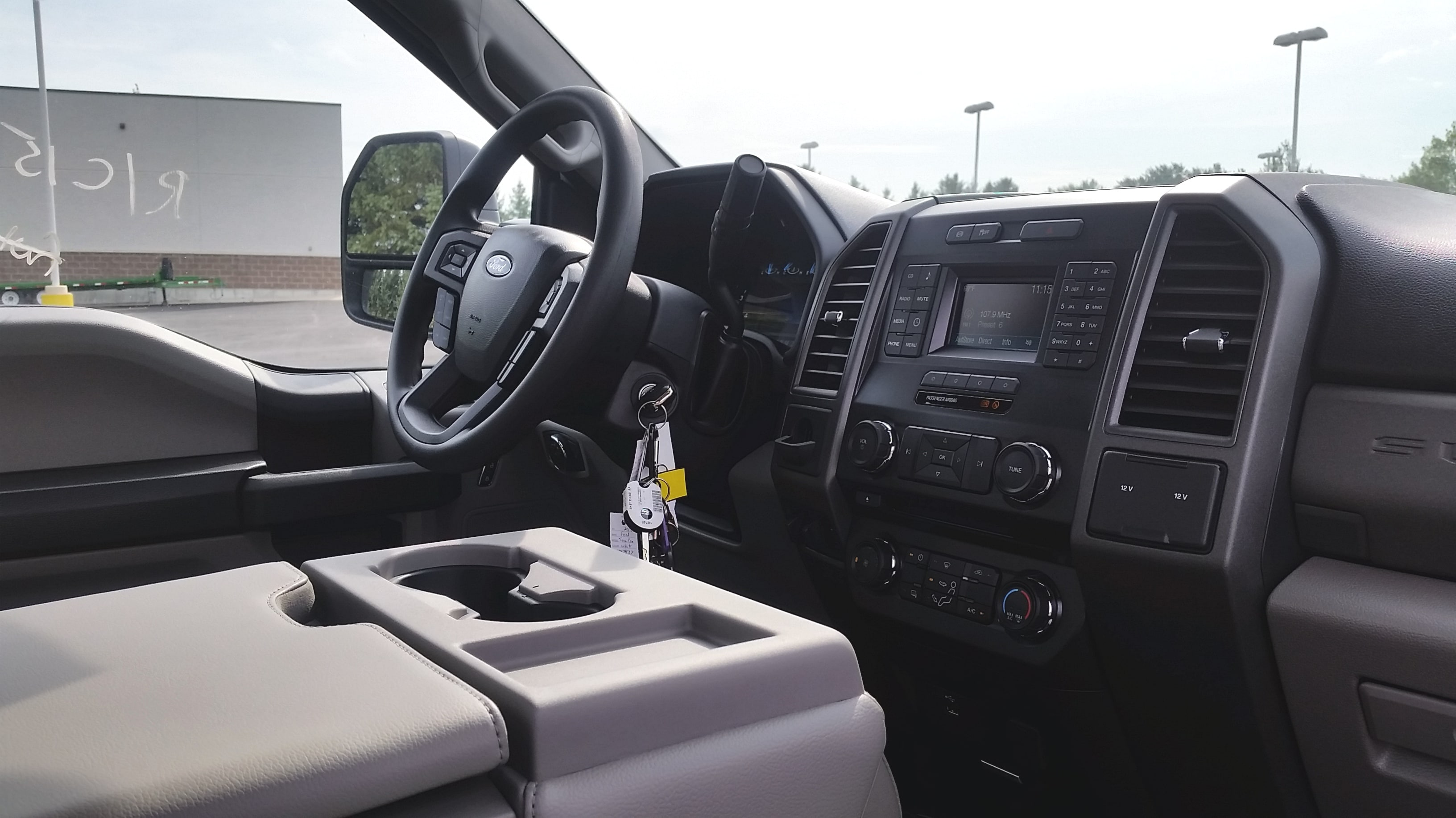 2018 F-550 Regular Cab DRW 4x4,  Cab Chassis #21840 - photo 19