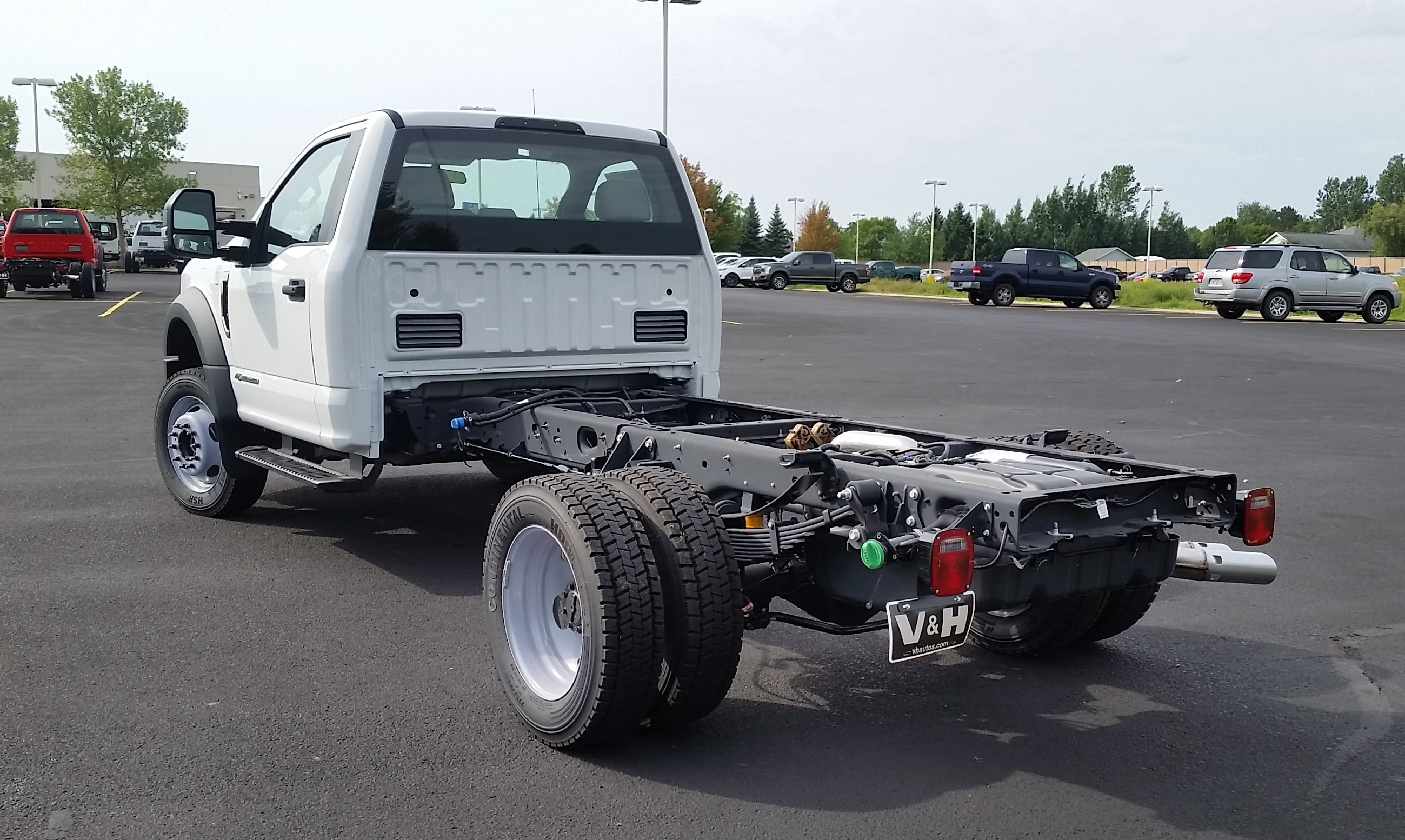 2018 F-550 Regular Cab DRW 4x4,  Cab Chassis #21840 - photo 2