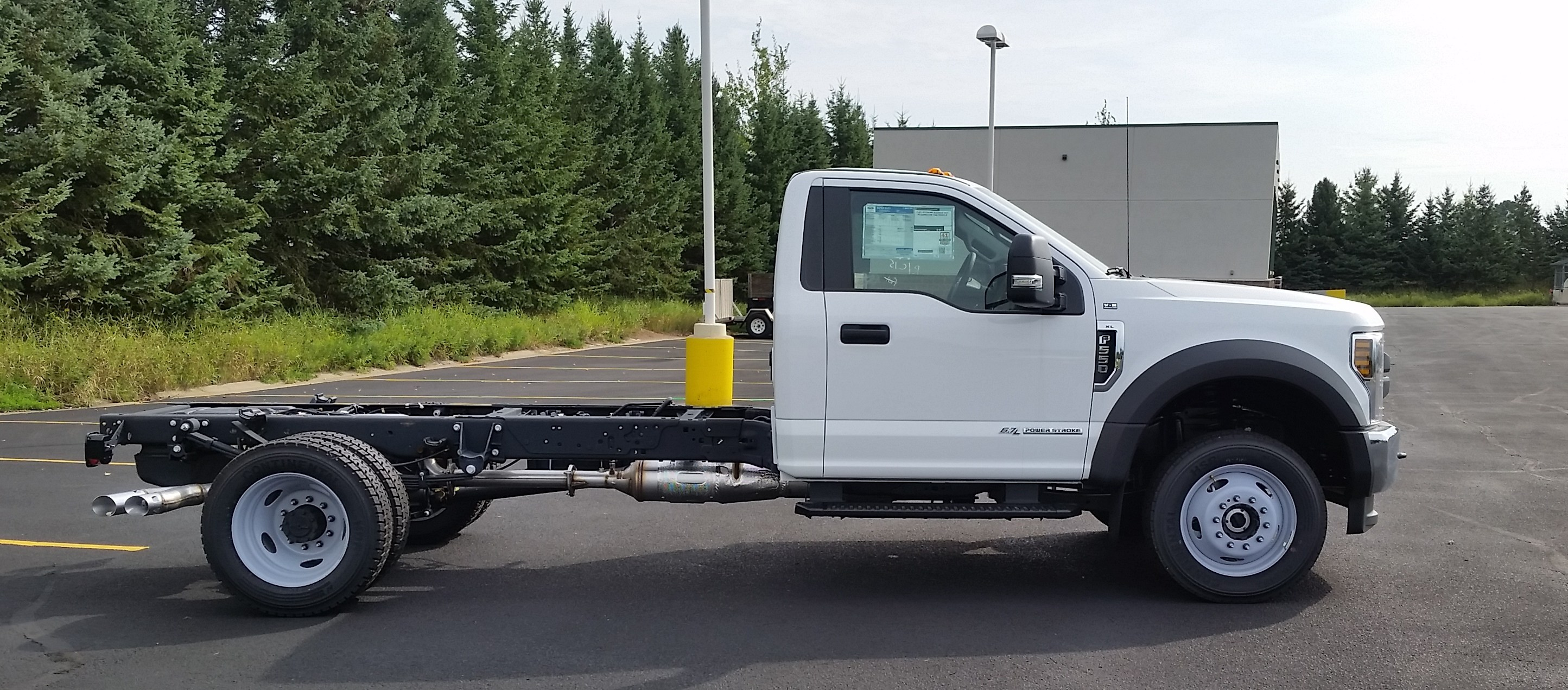 2018 F-550 Regular Cab DRW 4x4,  Cab Chassis #21840 - photo 8