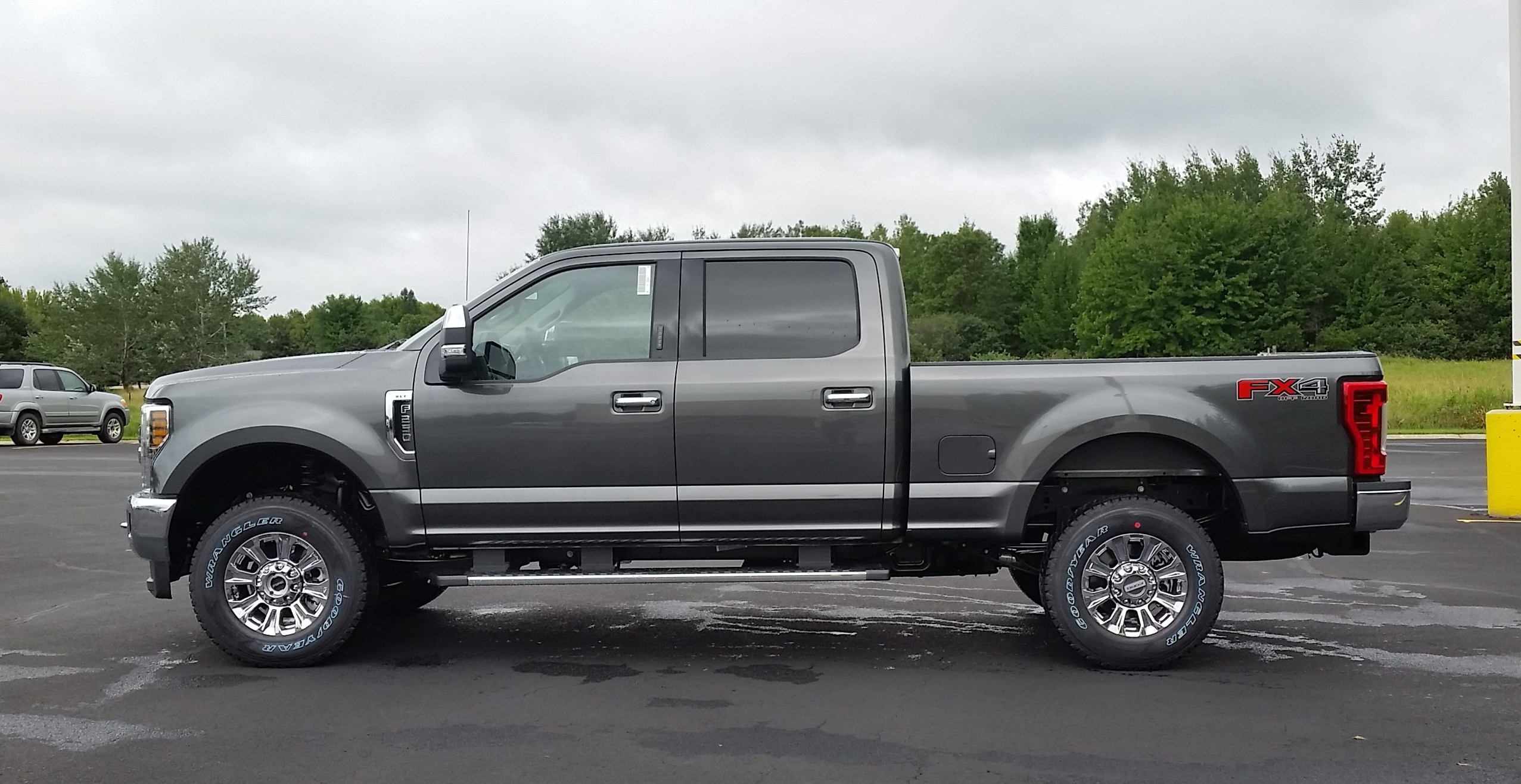 2019 F-250 Crew Cab 4x4,  Pickup #22016 - photo 11