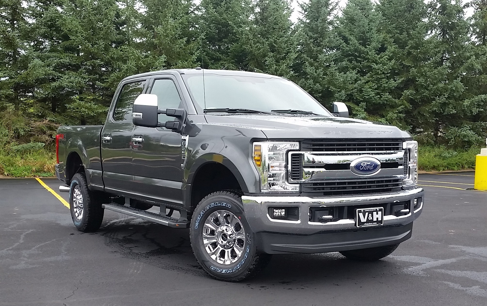 2019 F-250 Crew Cab 4x4,  Pickup #22016 - photo 5