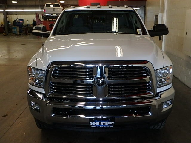 2017 Ram 2500 Crew Cab 4x4, Pickup #HG664427 - photo 4