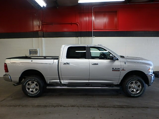 2017 Ram 3500 Crew Cab 4x4,  Pickup #HG691060 - photo 10