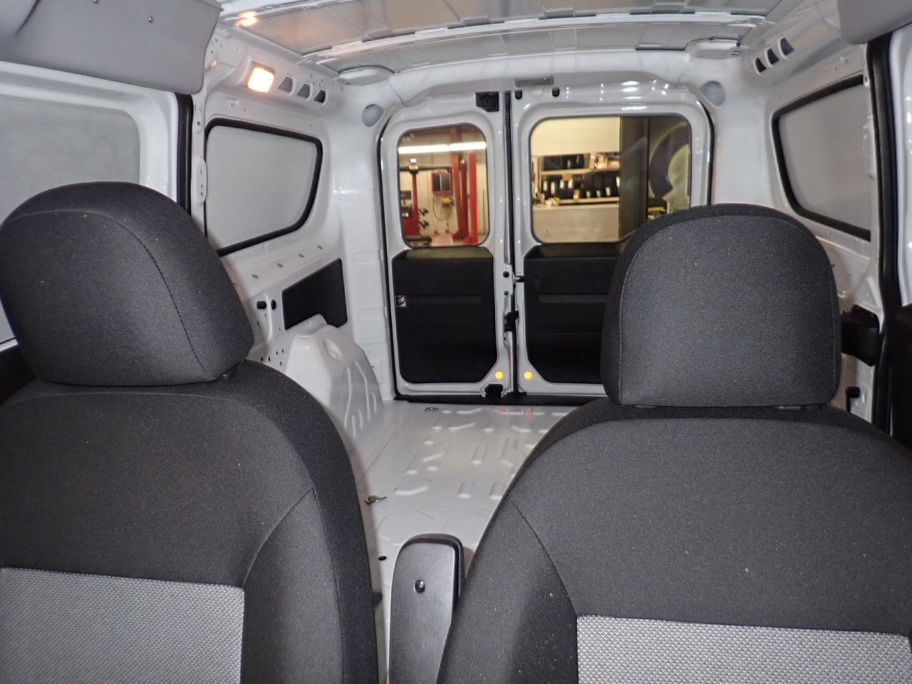 2018 ProMaster City FWD,  Empty Cargo Van #J6L66652 - photo 9