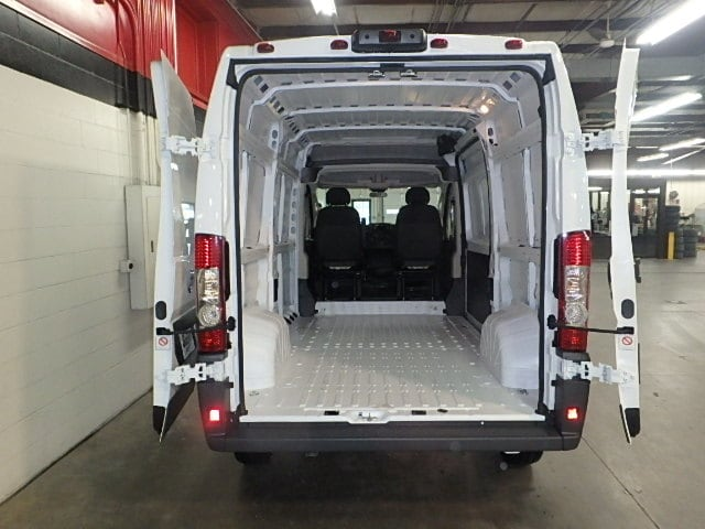 2018 ProMaster 1500 High Roof FWD,  Empty Cargo Van #JE100198 - photo 2