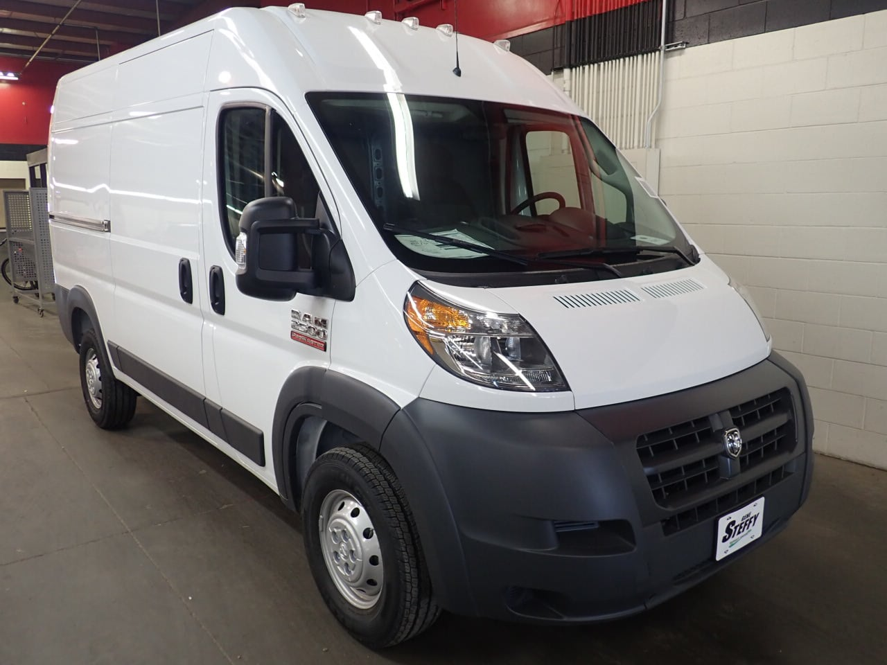 2018 ProMaster 2500 High Roof FWD,  Empty Cargo Van #JE132216 - photo 3