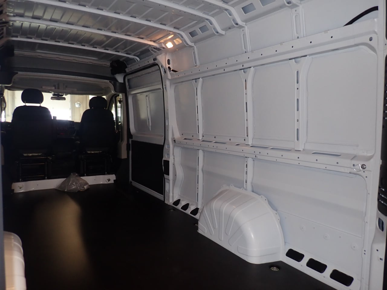 2018 ProMaster 3500 High Roof FWD,  Empty Cargo Van #JE141855 - photo 10
