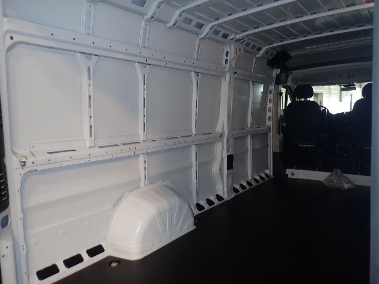 2018 ProMaster 3500 High Roof FWD,  Empty Cargo Van #JE141855 - photo 11