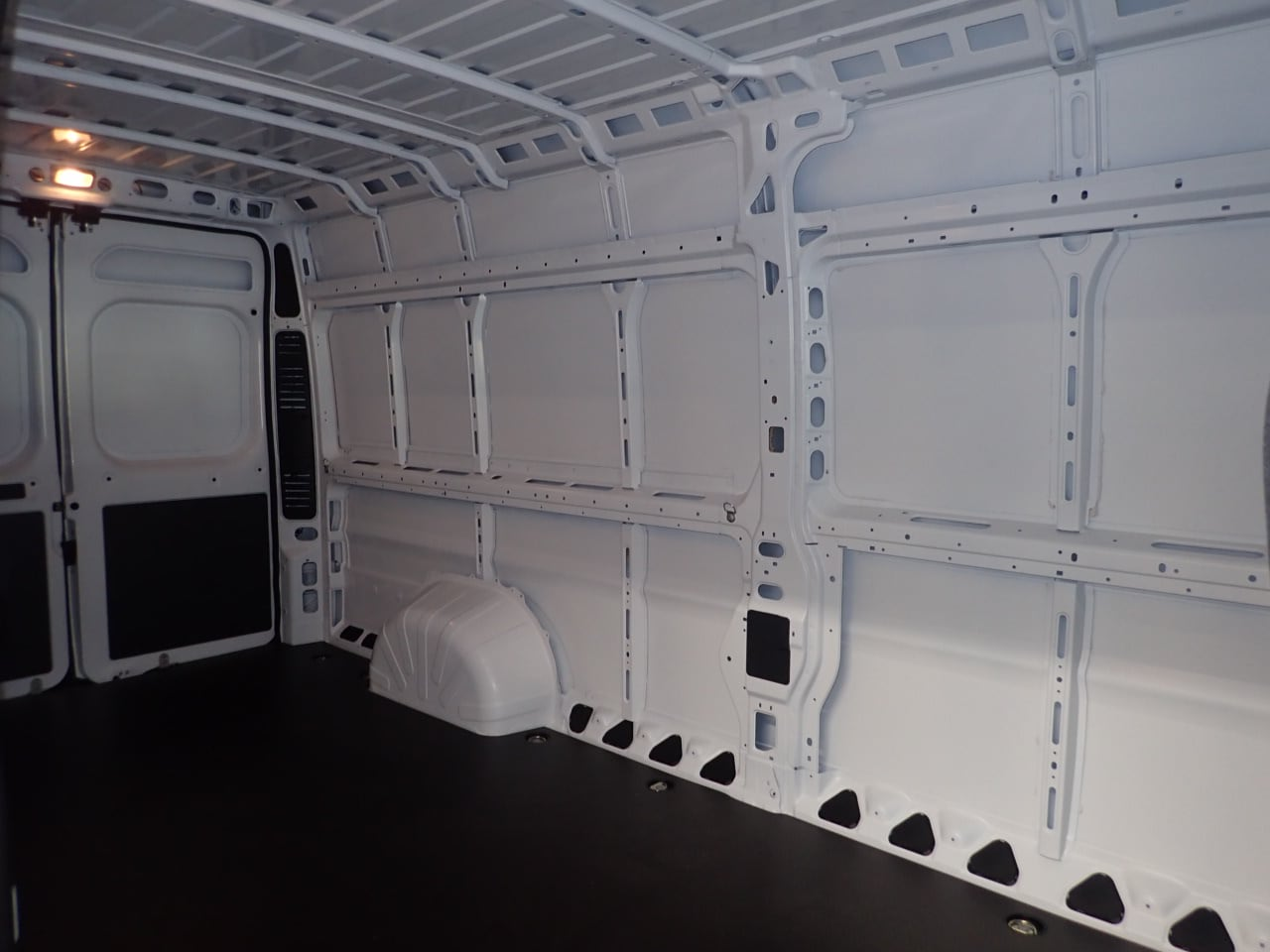 2018 ProMaster 3500 High Roof FWD,  Empty Cargo Van #JE141855 - photo 15