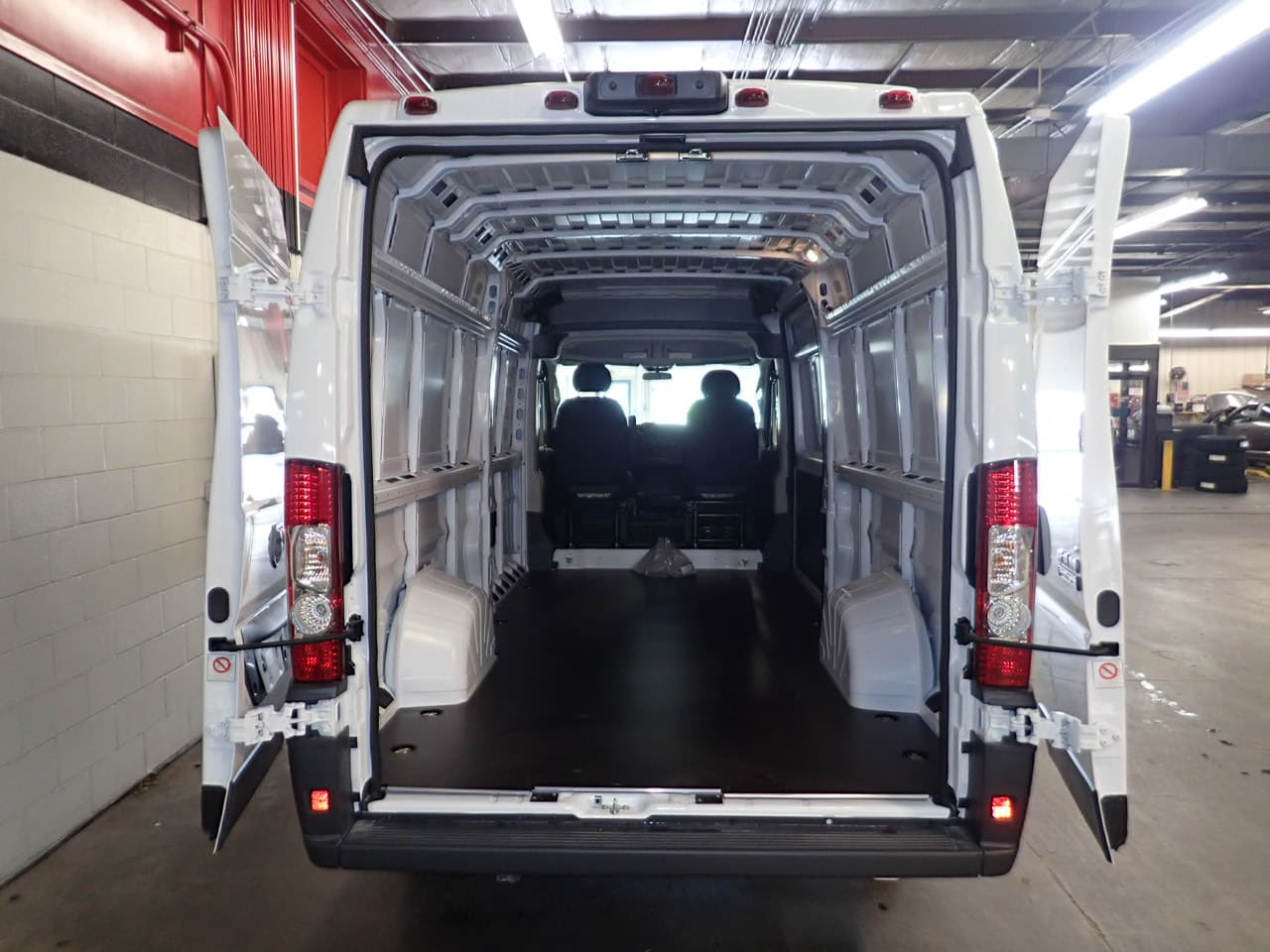 2018 ProMaster 3500 High Roof FWD,  Empty Cargo Van #JE141855 - photo 2