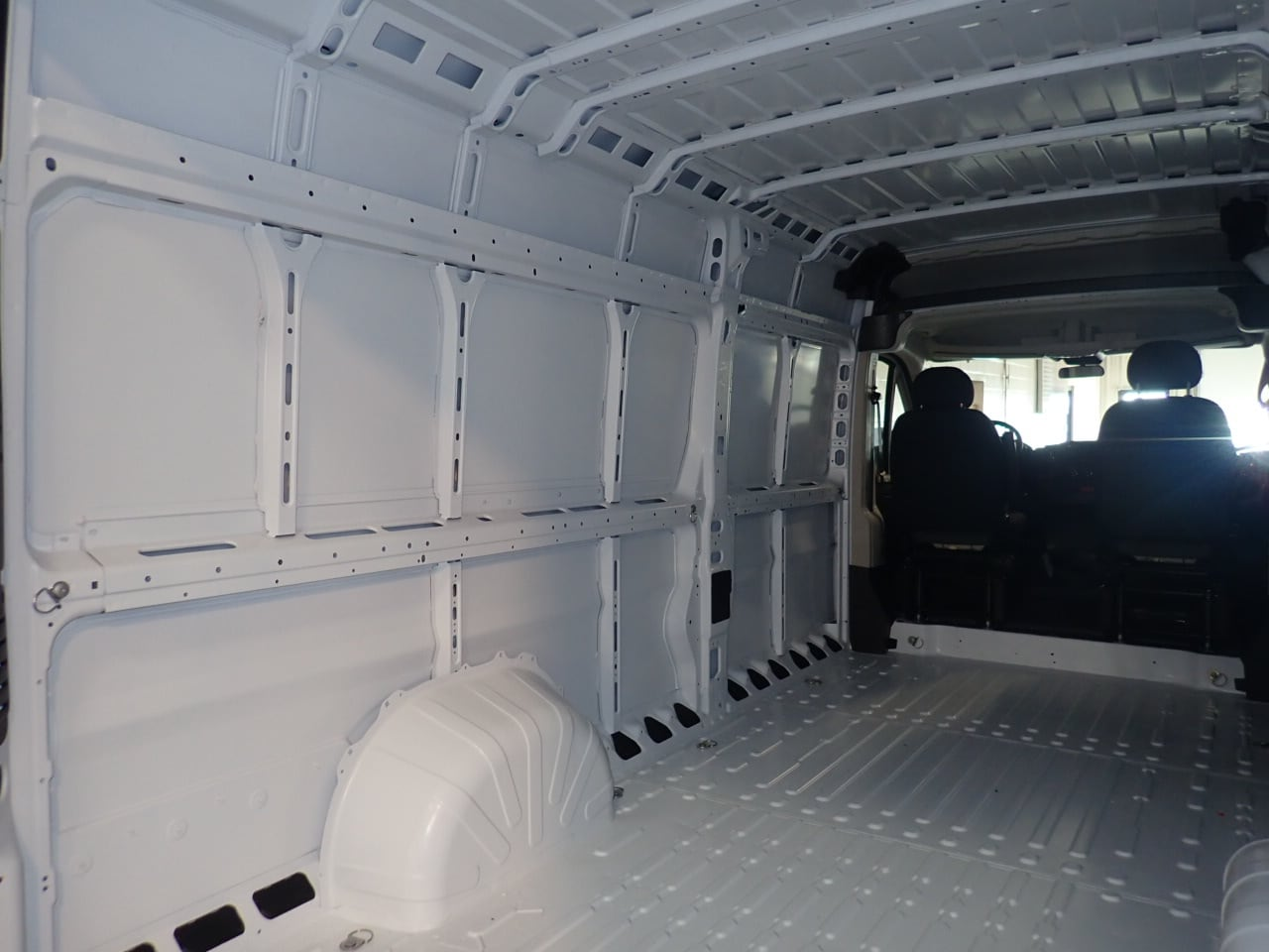 2018 ProMaster 3500 High Roof FWD,  Empty Cargo Van #JE141856 - photo 11