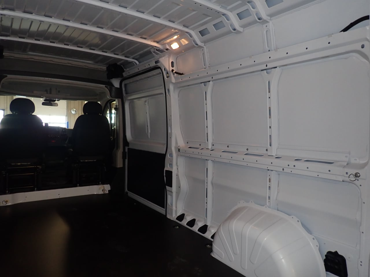 2018 ProMaster 2500 High Roof FWD,  Empty Cargo Van #JE143968 - photo 10