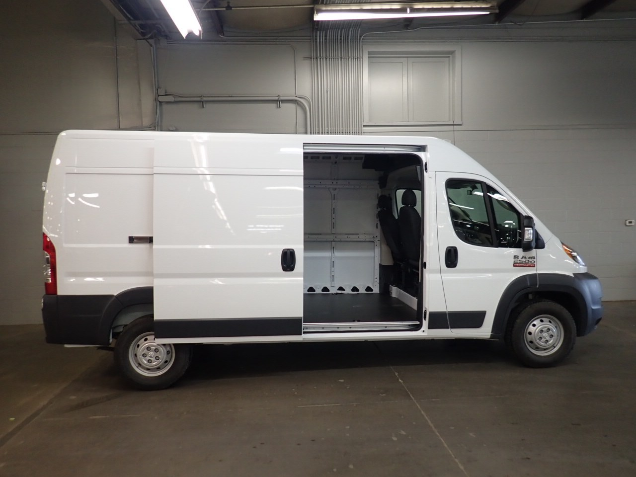 2018 ProMaster 2500 High Roof FWD,  Empty Cargo Van #JE143968 - photo 13