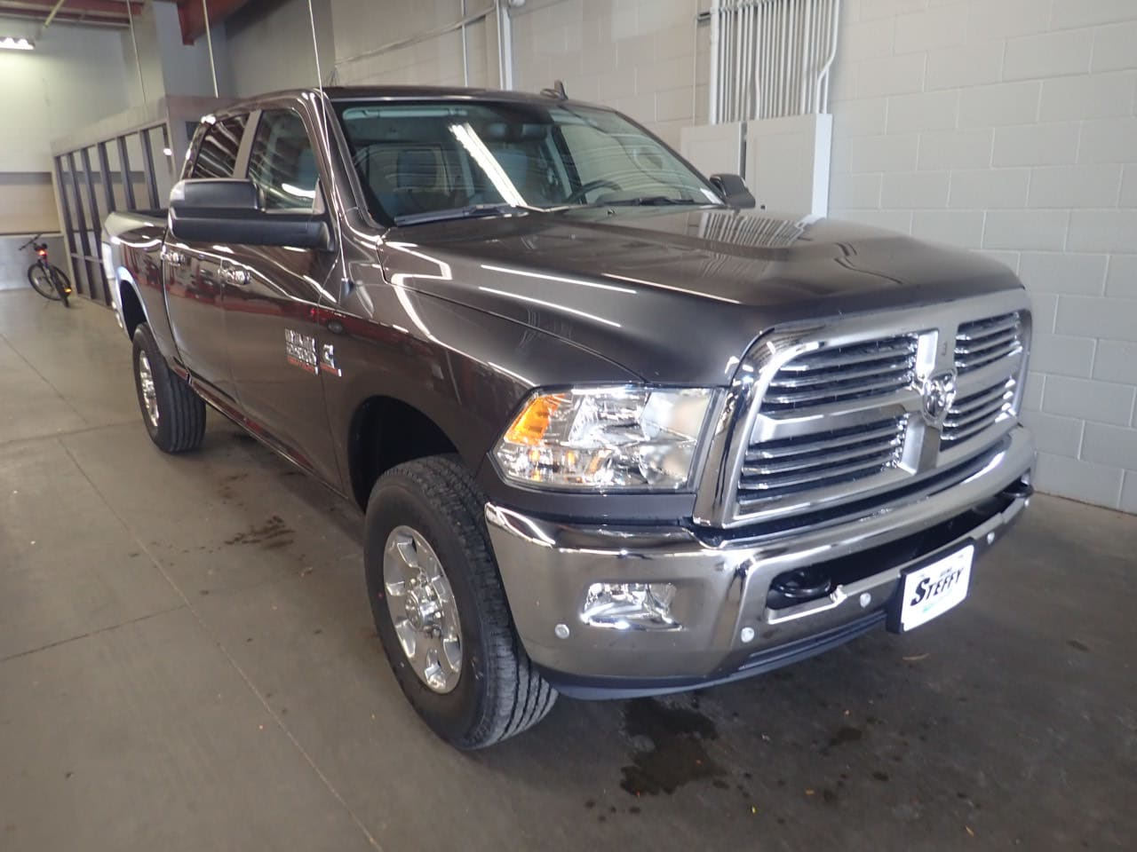 2018 Ram 2500 Crew Cab 4x4,  Pickup #JG284369 - photo 3