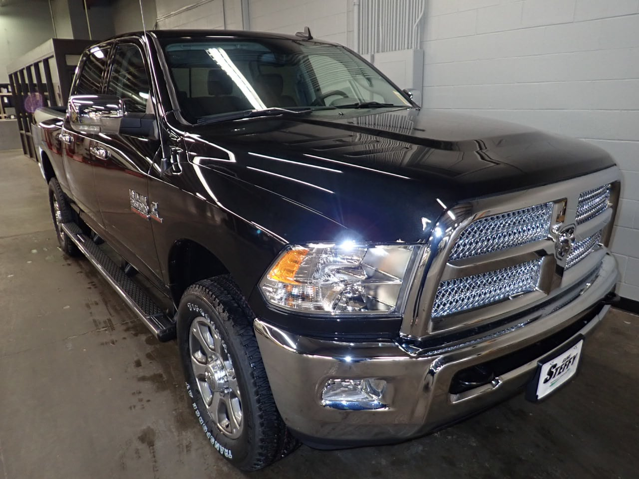 2018 Ram 2500 Crew Cab 4x4,  Pickup #JG365912 - photo 3