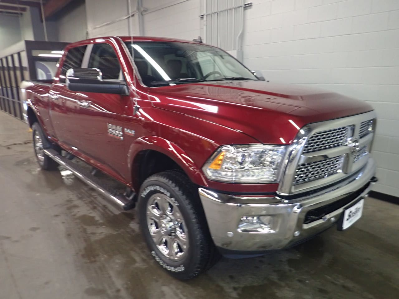 2018 Ram 2500 Crew Cab 4x4,  Pickup #JG381990 - photo 3