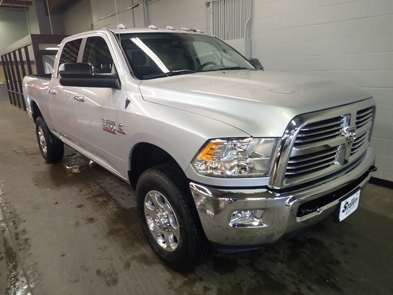 2018 Ram 2500 Crew Cab 4x4,  Pickup #JG382076 - photo 3