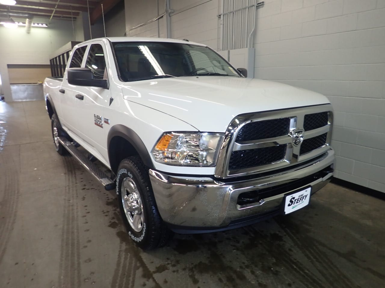 2018 Ram 2500 Crew Cab 4x4,  Pickup #JG388856 - photo 3