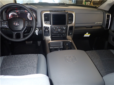 2018 Ram 1500 Crew Cab 4x4,  Pickup #JS257745 - photo 5