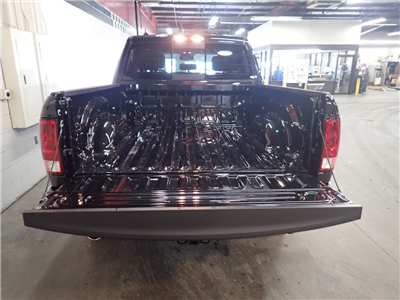 2018 Ram 1500 Crew Cab 4x4,  Pickup #JS257745 - photo 9