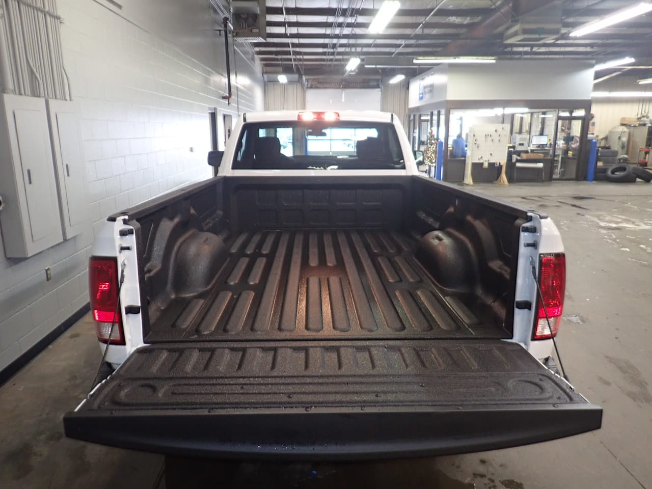 2019 Ram 1500 Regular Cab 4x4,  Pickup #KG507908 - photo 9