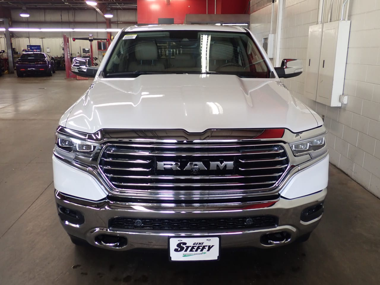 2019 Ram 1500 Crew Cab 4x4,  Pickup #KN523626 - photo 4