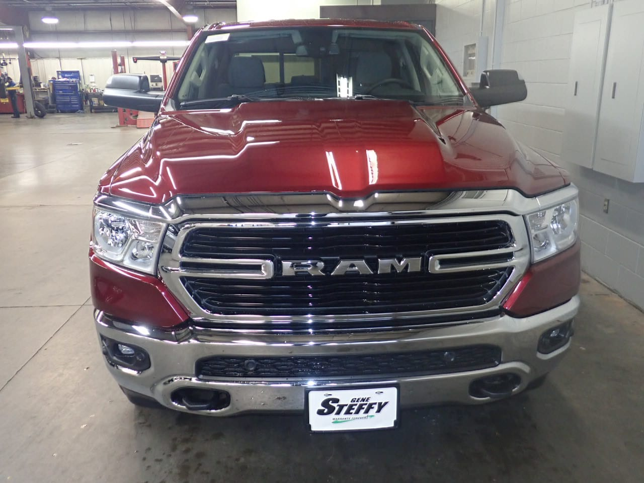2019 Ram 1500 Crew Cab 4x4,  Pickup #KN625462 - photo 4