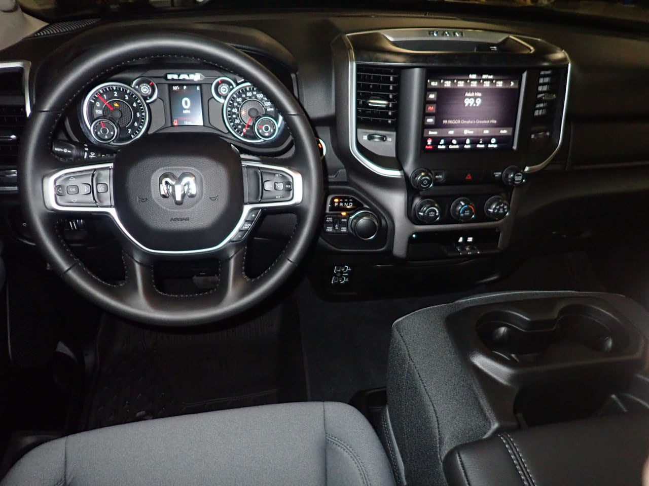2019 Ram 1500 Crew Cab 4x4,  Pickup #KN655066 - photo 5