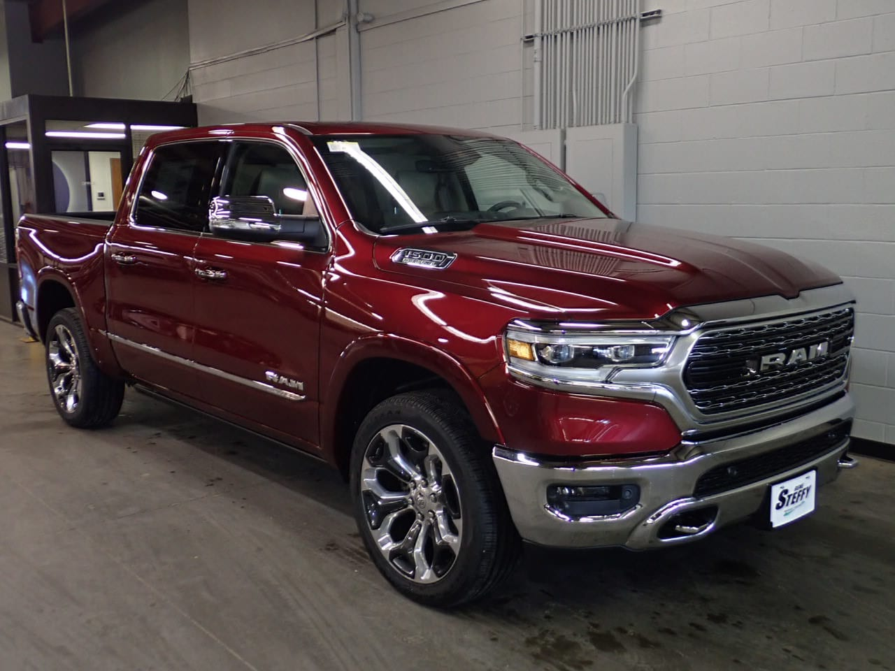 2019 Ram 1500 Crew Cab 4x4,  Pickup #KN725520 - photo 3