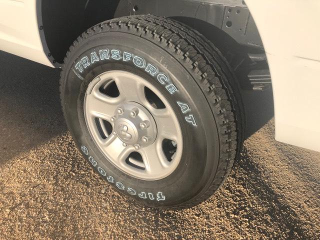 2018 Ram 3500 Crew Cab 4x4, Pickup #11XD18153 - photo 3