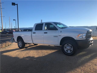 2018 Ram 3500 Crew Cab 4x4, Pickup #11XD18153 - photo 16